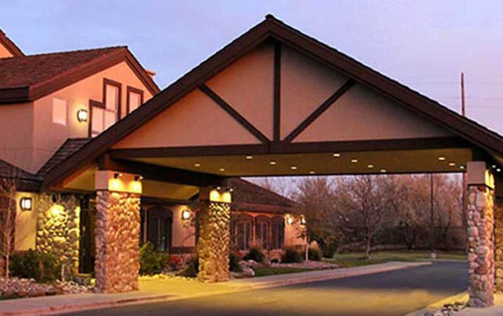 c 39 mon inn hotel suites official website billings. Black Bedroom Furniture Sets. Home Design Ideas